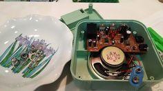 自宅録音研究所|Bedroom  Recordings Blog: DanElectro HoneyTone MiniAmpの修理……のつもりが、基板を外せず|メンテナ...#音楽 #楽器 #ギター #ドラム #ベース #太鼓 #パーカッション #自作楽器 #アンプ #ギターアンプ #ベースアンプ #Amp #GuitarAmp #BassAmp #Music #musical #instrument #guitar #drum #bass #percussion #Homemade #Instruments