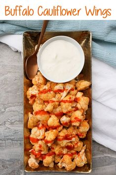 These vegan-friendly Buffalo Cauliflower Wings are baked until crispy, and are perfect for Game Day as an easy and healthy appetizer! Entree Recipes, Fall Recipes, Appetizer Recipes, Vegetarian Recipes, Snack Recipes, Healthy Recipes, Vegetable Recipes, Tailgating Recipes, Sweets Recipes