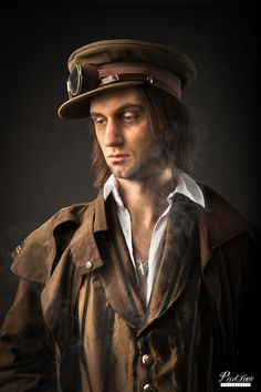 SteamPunk 2012 by Sander van Laar, via Behance