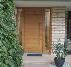 Fabulous front doors paint - kindly visit our report for much more suggestions! Modern Entrance Door, House Entrance, Entrance Doors, Front Doors, Door Design, House Design, Bungalow Extensions, Decoration Entree, Door Picture