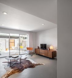 A Modern Townhouse on a Tight Budget