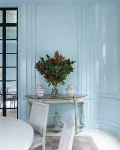 Elegant light blue millwork alludes to French boiserie. Blue Rooms, Blue Walls, Polished Plaster, Lacquer Paint, Glossy Paint, South Shore Decorating, Design Blog, Design Trends, Interiores Design