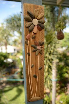 Artículos similares a Piedra de arte - diseño de la flor en Etsy