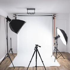 Photo studio at home: how to easily mount it- Estudio fotográfico en casa: cómo montarlo fácilmente photo studio at home - Photography Studio Decor, Light Photography, Photography Studios, Digital Photography, Creative Photography, Photography Accessories, Canon Photography, Photography Backdrops, Softbox Photography