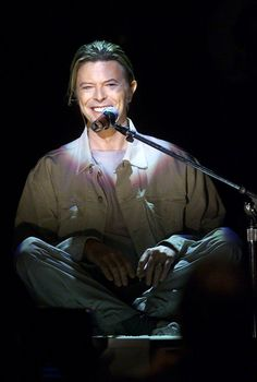 "RIP David Bowie (bio): Bowie kicks off the 9/11 benefit ""Concert for New York"" at Madison Square Garden on Oct. 20, 2001. (Photo: AP)"