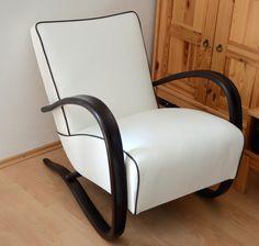 Made in Czechoslovakia blog.  Refubrished armchair H-269 form Jindrich Halabala (Czechoslovakia, 1930´s)