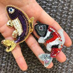 Золотые рыбки броши. Исполняют желания) Кому? 🐠🐠🐠 Gold fish brooches. They will fulfill your desires. To whom? 💥💥💥 #beadedbrooch #goldfish #goldfishjewels #fishbrooch #seacreature #seabrooch #nauticaljewelry #nauticalbrooch #japanfish #beadedfish #seafish #zefirinastudio #брошьрыбка #золотаярыбка #моднаяброшь #брошьручнойработы #вышитаяброшь #украинскиедизайнеры #fashiondress #dressembroidery #fashionembroidery #uniquegift #студиязефириной
