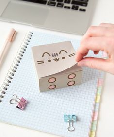 Pusheen Sticky Note Cube kawai stationery Always aspired to learn to knit, but unsure the place to begin? This Utter Beginner Knitting Line is ex. Cool School Supplies, Office Supplies, Art Supplies, School Suplies, Diy And Crafts, Paper Crafts, Cute Stationary, Stationary Design, Kawaii Room