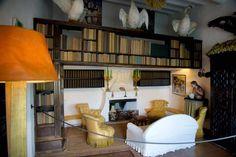 La bibliothèque de Salvador Dali à Cadaquès Espagne )