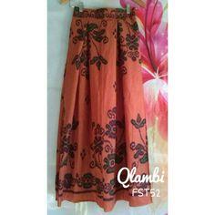 Maxi skirt by Qlambi