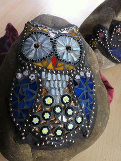 Mosaic owl           #mosaic #rocks                                                                                                                                                     More