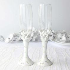 Set pahare Love cu trandafiri Flute, Champagne, Tableware, Dinnerware, Tablewares, Flutes, Dishes, Tin Whistle, Place Settings