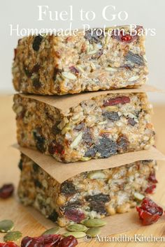 Fuel to Go Homemade Protein Bars are super tasting and healthy. Made with hemp, chia, sunflower and pumpkin seeds and a whole lot more! Healthy Protein Snacks, Protein Bar Recipes, Healthy Bars, Nutritious Snacks, Best Protein, Healthy Cookies, Gourmet Recipes, Snack Recipes, Cooking Recipes