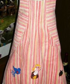 Kleid, Cord, bunt, bestickt,Zwergenschön, Gr. 110/116. In Handarbeit hergestellte Ware von Ra-Mi-Fashion-Dreams. Jedes Teil ein Einzelstück. Stöbern Sie gerne in meinem Online-Shop und kaufen schöne Handmade Ware. Handmade, Kinderkleidung, Einzelstück