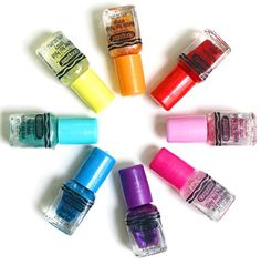 The 'Crayola Mini Nail Polish Set'comes in a giant yellow crayon box (quintessential to Crayola), and consists of 8 vibrant colors: Metalic Oran Nail Polish Kits, Nail Polish Bottles, New Nail Polish, Nail Polishes, Hopscotch Kids, Decoupage, Crayola, Crayon Box, Crayon Ideas