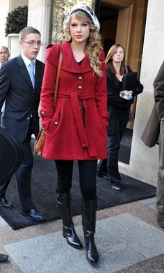 Celebrity Street Style Taylor Swift 28 - http://AmericasMall.com