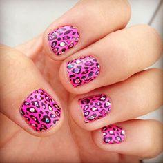Cute Cheetah print nails <3