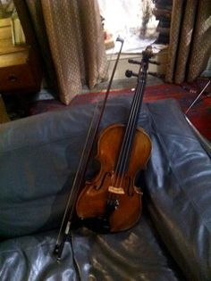 Sherlock on the Fiddle. A violinist writes about teaching Benedict Cumberbatch violin on the set of Sherlock.