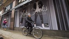 American high-end retailers Saks Fifth Avenue and Nordstrom are aiming at making their presence felt in Canada, even as a tumultuous economy and a falling loonie could hurt demand for luxury goods. Saks Fifth Avenue is opening its flagship Canadian store in downtown Toronto on Thursday, the first of a wave of openings in the Greater Toronto Area this year, including a newHolt Renfrew in Mississauga this summer and two Nordstrom stores opening this fall in the Eaton Centre and the Yorkdale…
