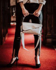 """shperka_slovakia na Instagrame: """"❗❗❗Tak a konečne sú v ponuke❗❗❗ Naše široké popruhy na kabelky/tašky, ktorých dĺžku si viete nastaviť, zladiť s akoukoľvek kabelkou a…"""" Backpacks, Bags, Instagram, Fashion, Handbags, Moda, Fashion Styles, Backpack, Fashion Illustrations"""