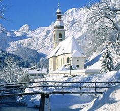 CHRISTMAS MORNING - Ramsau mit Schnee, Bavaria, Germany