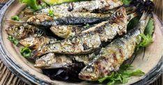 En yağlı döneminde ızgarada, hafif bir şekilde ve kısa sürede pişen sardalya balığının tadına doyum olmaz. Salata unutulmasın onun için de önerimiz var.
