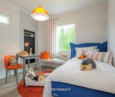 Käpylä 163 - Makuuhuone 2 @ Asuntomessut Hyvinkäällä 2013 Bed, Interior, Furniture, Home Decor, Decoration Home, Stream Bed, Indoor, Room Decor, Home Furnishings