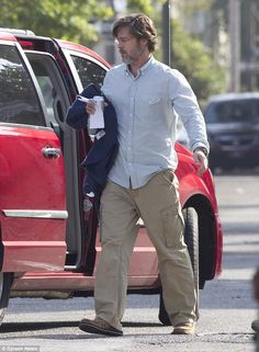 Hollywood heavyweights: In The Big Short, Brad is joined by Christian Bale, Ryan Gosling, ...