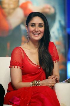 High Quality Bollywood Celebrity Pictures: Kareena Kapoor Super Sexy Skin Show In Red Saree At Film 'Ra.One' Music Launch Event In Mumbai Bollywood Actress Hot Photos, Indian Bollywood Actress, Beautiful Bollywood Actress, Bollywood Celebrities, Beautiful Indian Actress, Bollywood Fashion, Indian Actresses, Indian Celebrities, Kareena Kapoor Bikini