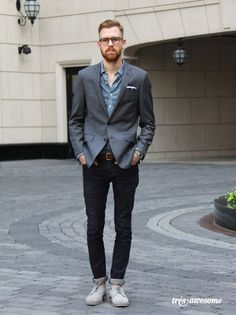 Guys with facial hair AND a sense of style.  Bonus points for looking cute in nerdy glasses.