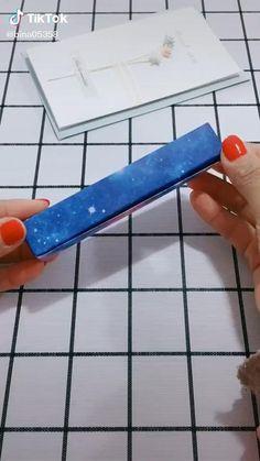 Diy Crafts Hacks, Diy Crafts For Gifts, Craft Stick Crafts, Cardboard Crafts Kids, Paper Crafts For Kids, Instruções Origami, Paper Crafts Origami, Crafts For Children, Paper Engineering