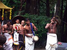 A temple ritual in Kerala. Kuthiran Dharmasastha Temple on the way to Thrissur, KL, India. Kerala, Temple, Sumo, Wrestling, Country, Travel, Indian, Lucha Libre, Viajes