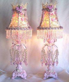 DIY.. Shabby Chic Dollar Store Lamp Update Idea