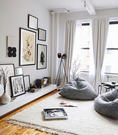 How To Style 3 Notoriously Difficult Spaces:Snowe Home Leaning Gallery Wall  With Mercer And