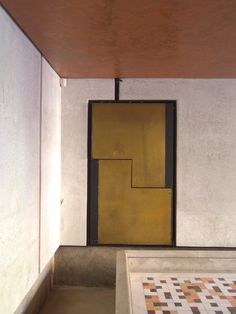 Carlo Scarpa transformed a palazzo's courtyard into a celebration of high waters and high design. Take a walk with us