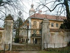 "castle ""Dorf"", Enns, Austria"