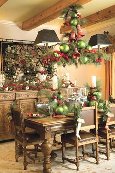 rustic christmas outdoor decorations   Christmas decor in dining room