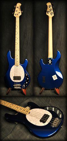 Music Man Stingray 4-String Bass Guitar, Blue Pearl