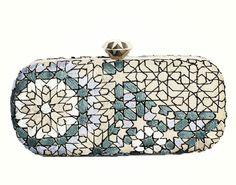 Clutch Arabesque design
