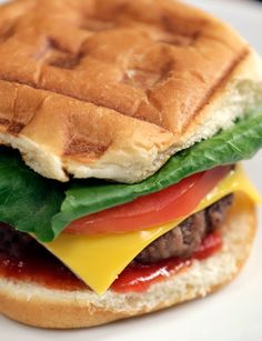 No grill? You can make a delicious, juicy, satisfying burger using a waffle iron. We know — it sounds totally crazy, but the results are Dinner Dishes, Dinner Recipes, Dinner Ideas, Sandwiches, Popsugar Food, Delicious Burgers, Fast Easy Meals, Dog Food Recipes, Easy Recipes