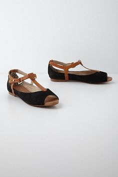I already know what they look like and feel like on my foot. Euthrix T-Straps #anthropologie