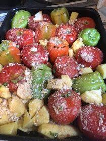 ΜΑΓΕΙΡΙΚΗ ΚΑΙ ΣΥΝΤΑΓΕΣ 2: Γεμιστά από τα ωραιότερα !!! Vegetarian Recipes, Healthy Recipes, Healthy Food, Arabic Food, Greek Recipes, Fruit Salad, Pasta Salad, Potato Salad, Good Food