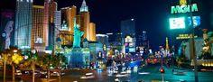 Découvrez mon passage à Las Vegas, la Sin City. Découvrez comment tout est fait pour vous faire rentrer dans un casino et vous perdre à l'intérieur pendants des journées entières. Et surtout, découvrez comment est Vegas lors de Halloween. Vegassss babyyyy