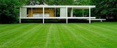 Less is more(より少ないことは、より豊かなこと)を実現したワンルームハウス。名建築ファンズワース邸
