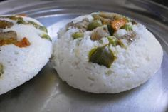 Petit chef : Mixed vegetable idly(indian rice cake stuffed with spicy mixed vegetable)  http://en.petitchef.com/recipes/main-dish/mixed-vegetable-idlyindian-rice-cake-stuffed-with-spicy-mixed-vegetable-fid-1492826
