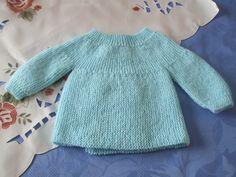 Comment tricoter une brassière ajourée pour bébé cherche explication