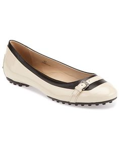 TODS Patent Ballet Flat