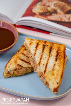 Recept: Tosti met tonijn en miso (uit Het Miso Kookboek) | Proef Japan Tuna Melts, Ketchup, Bento, French Toast, Bread, Japan, Snacks, Drinks, Breakfast