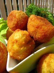 Złociste kulki ziemniaczano - serowe