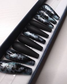 Black Marble Nails, Marble Acrylic Nails, Cute Acrylic Nails, Long Black Nails, Stick On Nails, Glue On Nails, Dark Nails, Hot Nails, Fabulous Nails